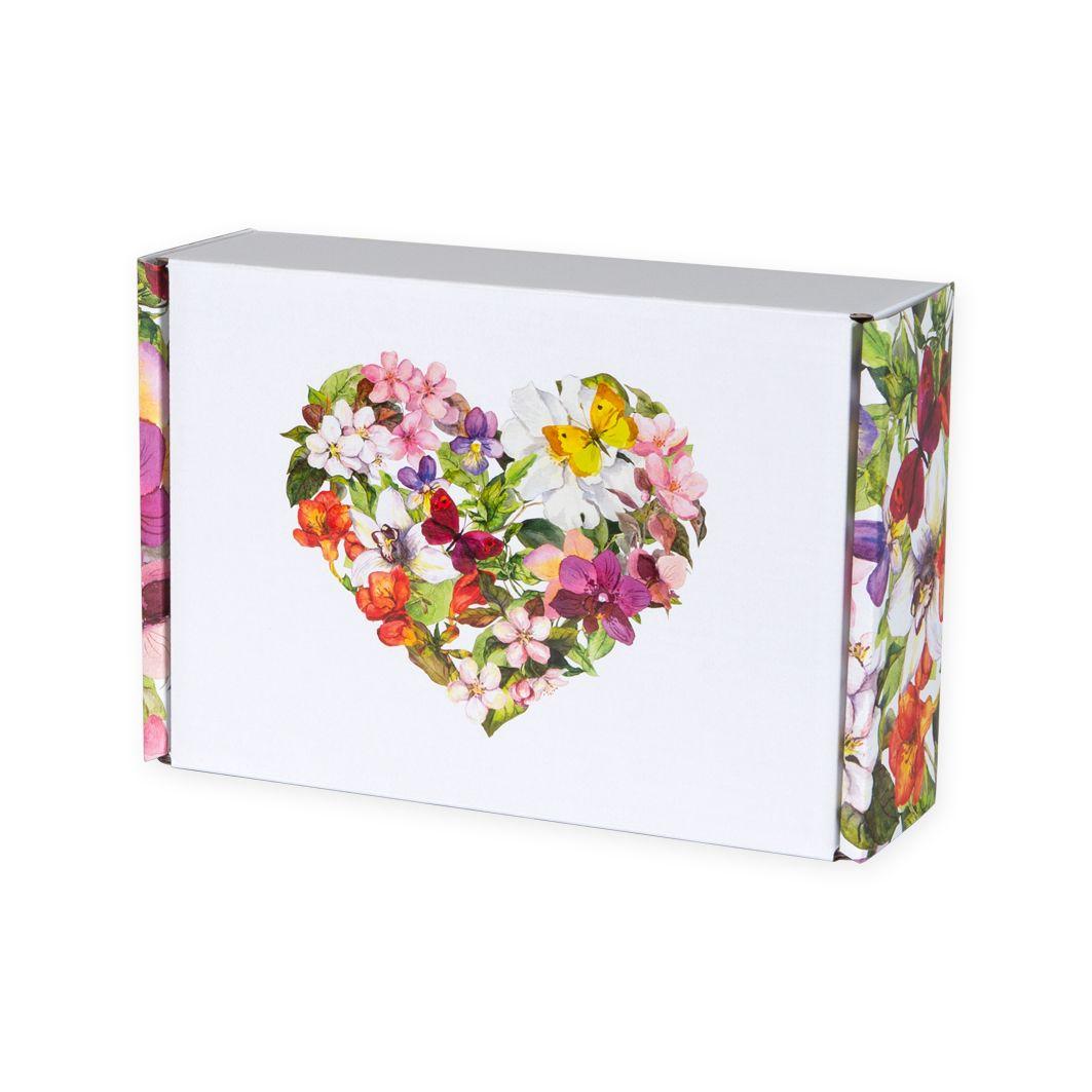 Fasonowe pudełko na prezent KWIATOWE SERCE